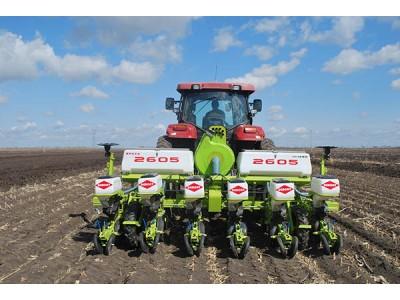 德邦大为2605型种植施肥机械高清图 - 外观