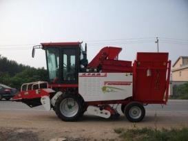 沃丰机械4YH-2A1玉米收获机