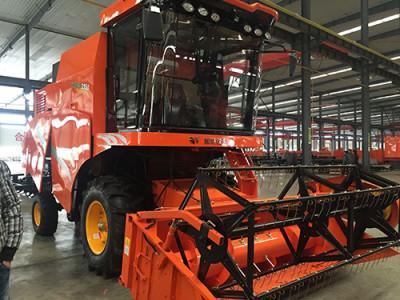 哈克农装哈肯4YL-4谷物收割机