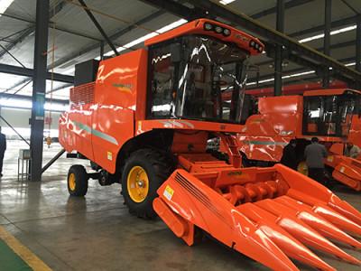 哈克农装4YL-5玉米收获机高清图 - 外观