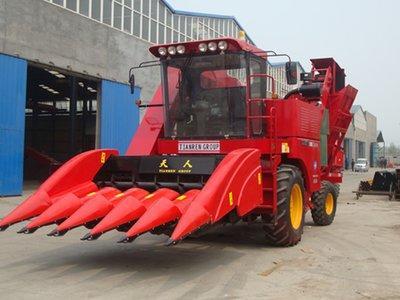 天人农机TR9988-5A玉米收获机高清图 - 外观