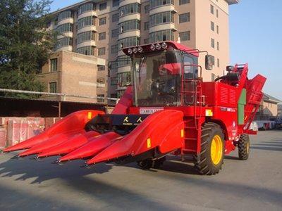 天人农机TR9988-4A玉米收获机高清图 - 外观