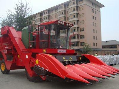 天人农机4YZ-6〔TR9988-6A〕玉米收获机高清图 - 外观