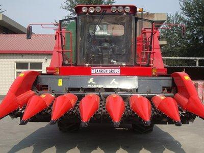 天人农机TR9988-7A玉米收获机高清图 - 外观