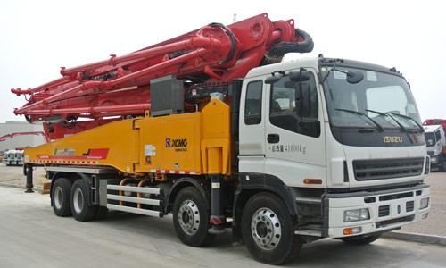 徐工HB56K泵车