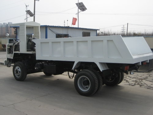 现代重工XDYS-8矿用自卸车
