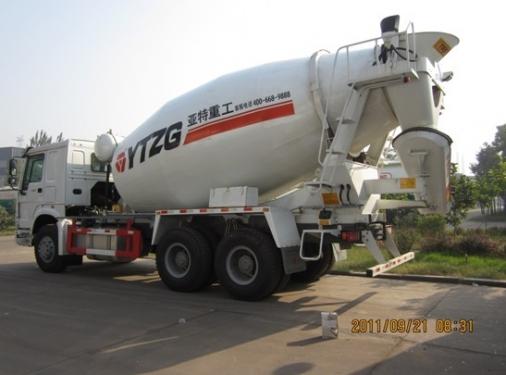 亚特重工TZ5317GJBZN6豪泺16立方混凝土搅拌车