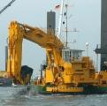 利勃海尔P 995浮式挖掘机