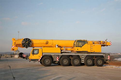 利勃海尔LTM1160-5.1全地面起重机