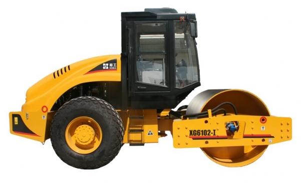 厦工XG6102全液压单钢轮压路机