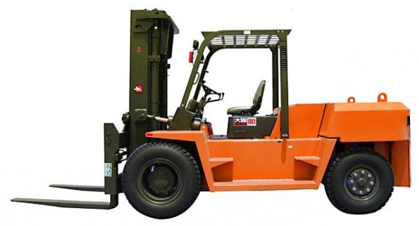 大连叉车CPCD100平衡重式内燃叉车(5-7吨)