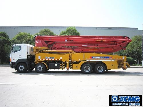 徐工HB48K混凝土泵车