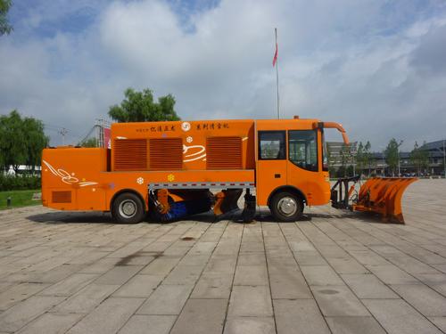 亿通正龙BJG—300道路(高速)破冰除雪车