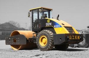 山工SEM8222单钢轮压路机