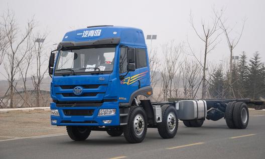青岛解放悍威 6×2载货车(标载版)