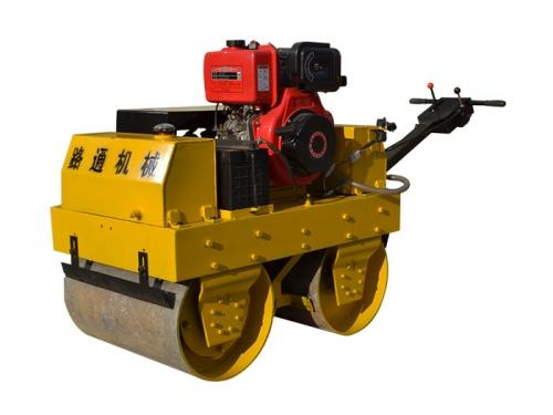 文登路通LT-780C(柴油机)手扶压路机