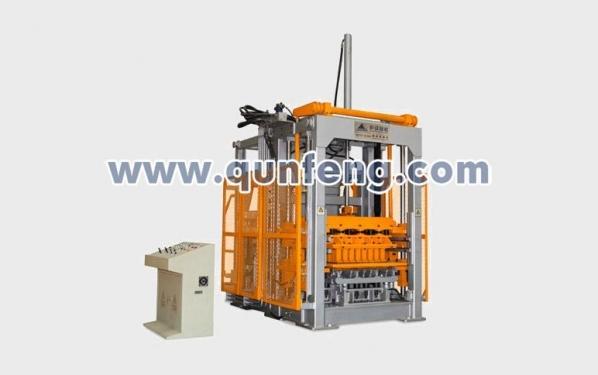 群峰智能QFT10-15(300)砌块成型机