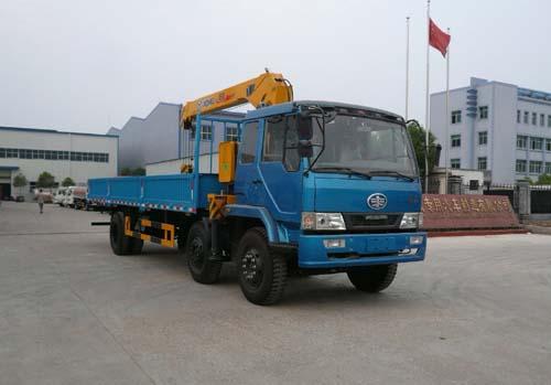 楚飞解放小三轴(8-10吨)-CA1176PK2L9T3A95随车起重运输车