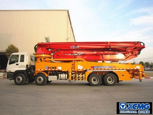 徐工HB46AIII混凝土泵车