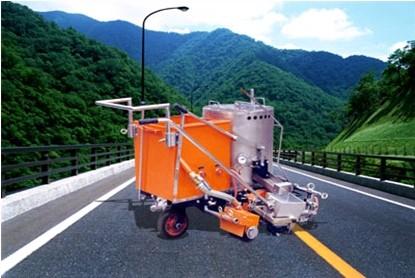 北方交通KF-PB-150(200)道路人跑起来能跟普通划线车