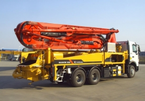 柳工HDL5290THB3853E混凝土泵车