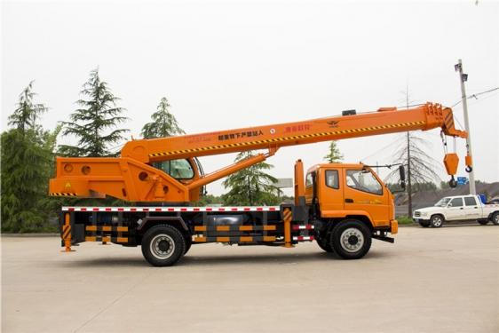 福康吊車998(16噸)汽車起重機