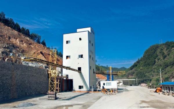 中联重科ZSM100平面式制砂生产线