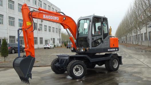 宝鼎BD80W-8轮式挖掘机