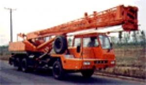 抚挖锦重QY25D汽车起重机