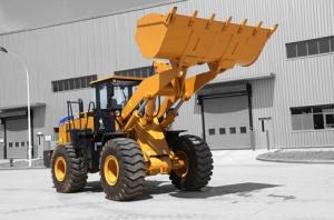 山工SEM657C轮式装载机