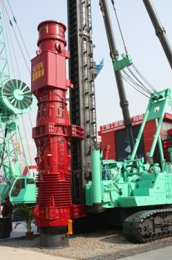 上工机械D128、D138、D160、D180筒式柴油打桩锤