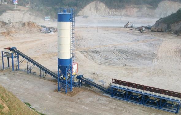 亚龙筑机WBC300稳定土厂拌设备