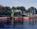 利勃海尔P 974 B Litronic浮式挖掘机