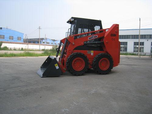 威肯GM650H滑移装载机
