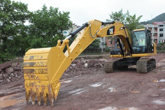 卡特彼勒320D2/D2L液压挖掘机