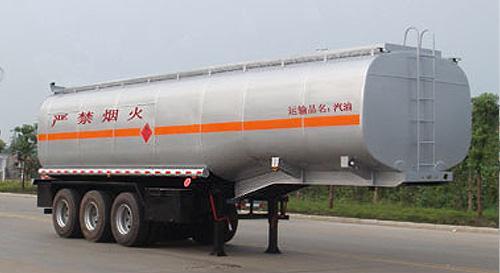 湖北合力运油半挂车30000kg