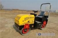 隆瑞机械LRY15双钢轮压路机