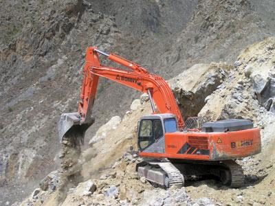 邦立CE400-7反铲液压挖掘机