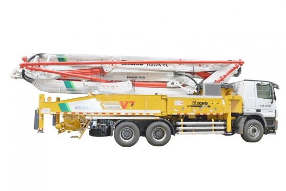 徐工HB52K(奔驰)混凝土泵车