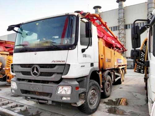 徐工二手HB52A泵车