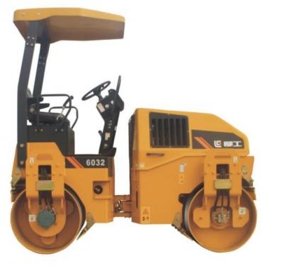 柳工CLG6032小型养护双钢轮压路机