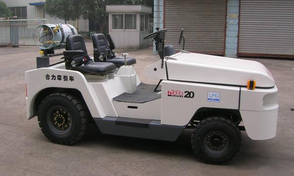 合力QY20-25系列双燃料牵引车