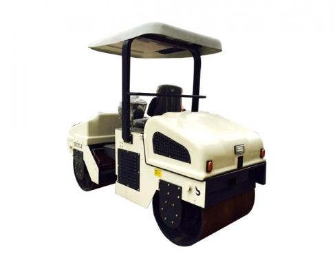思拓瑞克ST-3000驾乘式压路机