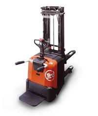 丰田SPE125L SPE160L电动堆高机