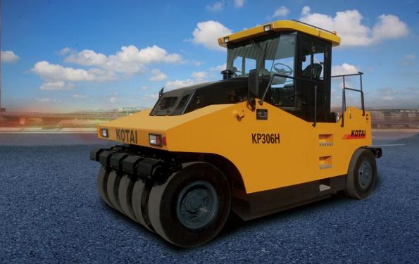 科泰重工KP306HS輪胎壓路機