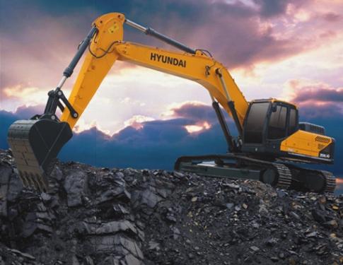 现代R350L VS挖掘机