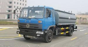 程力东风145化工液体运输车-EQ1168KJ2