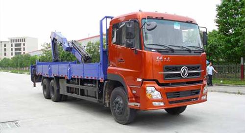 程力东风天龙随车起重运输车-25000kg