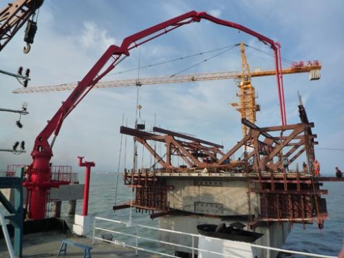 建研HGY32船載式布料機