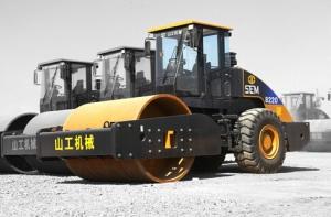 山工SEM8220单钢轮压路机